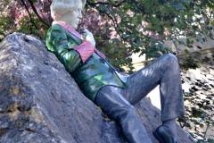 Oscar Wilde Statue Profile