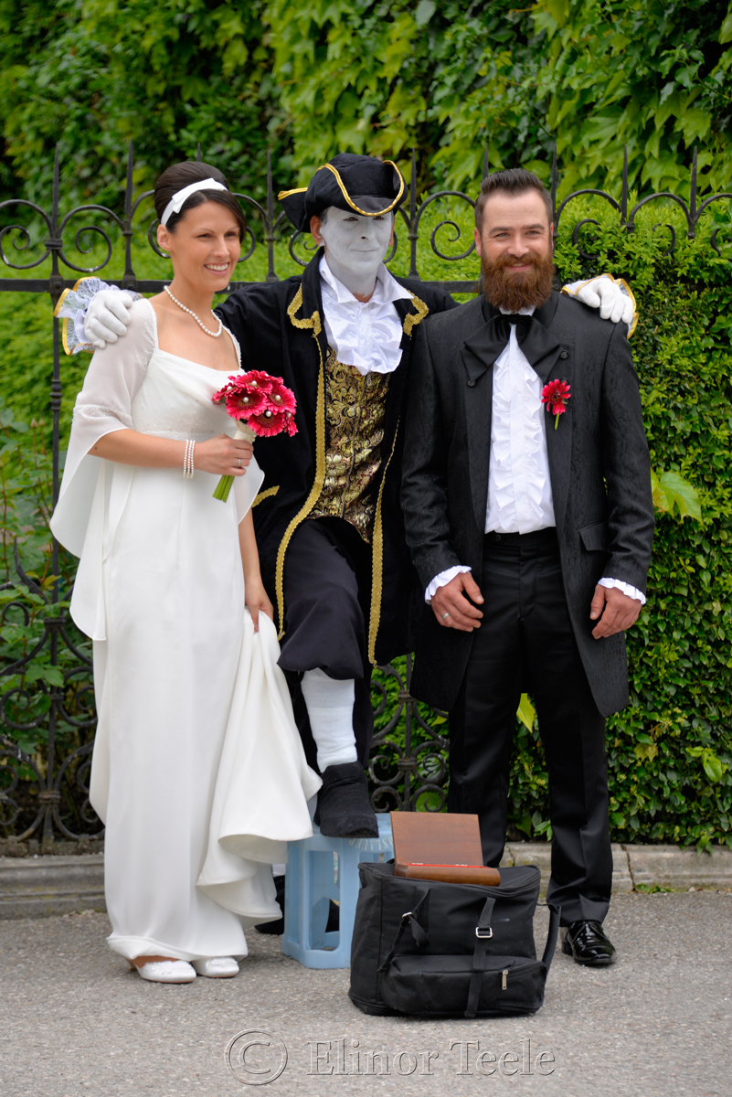 Wedding Couple, Mirabell Gardens, Salzburg, Austria