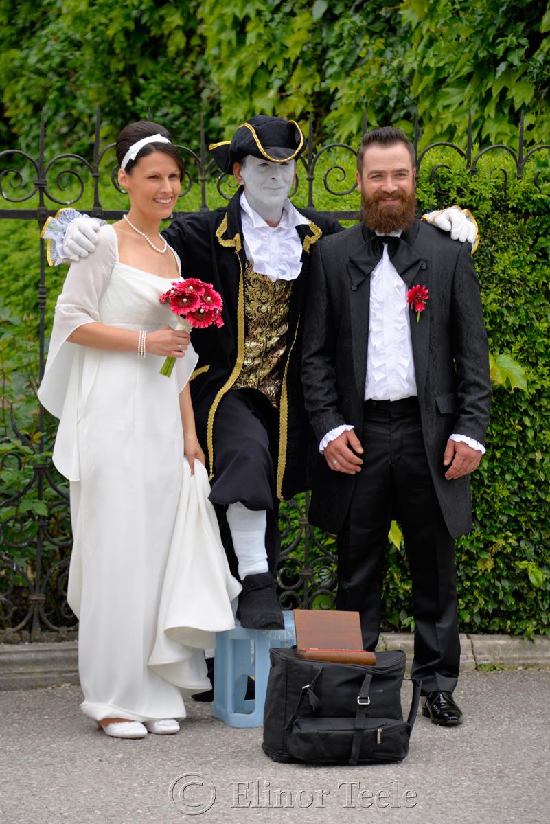 Wedding Couple, Mirabell Gardens, Salzburg, Austria