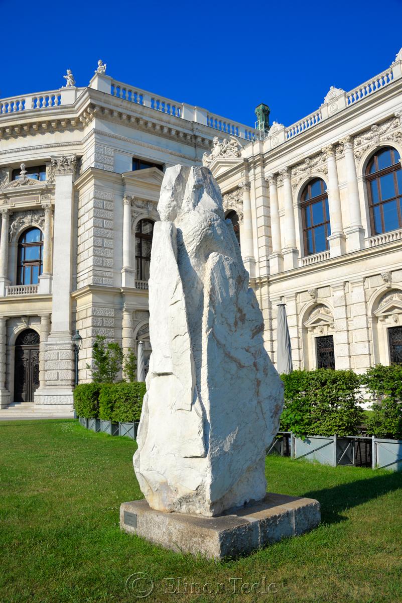 Wacherin Statue, Burgtheater, Vienna, Austria 1