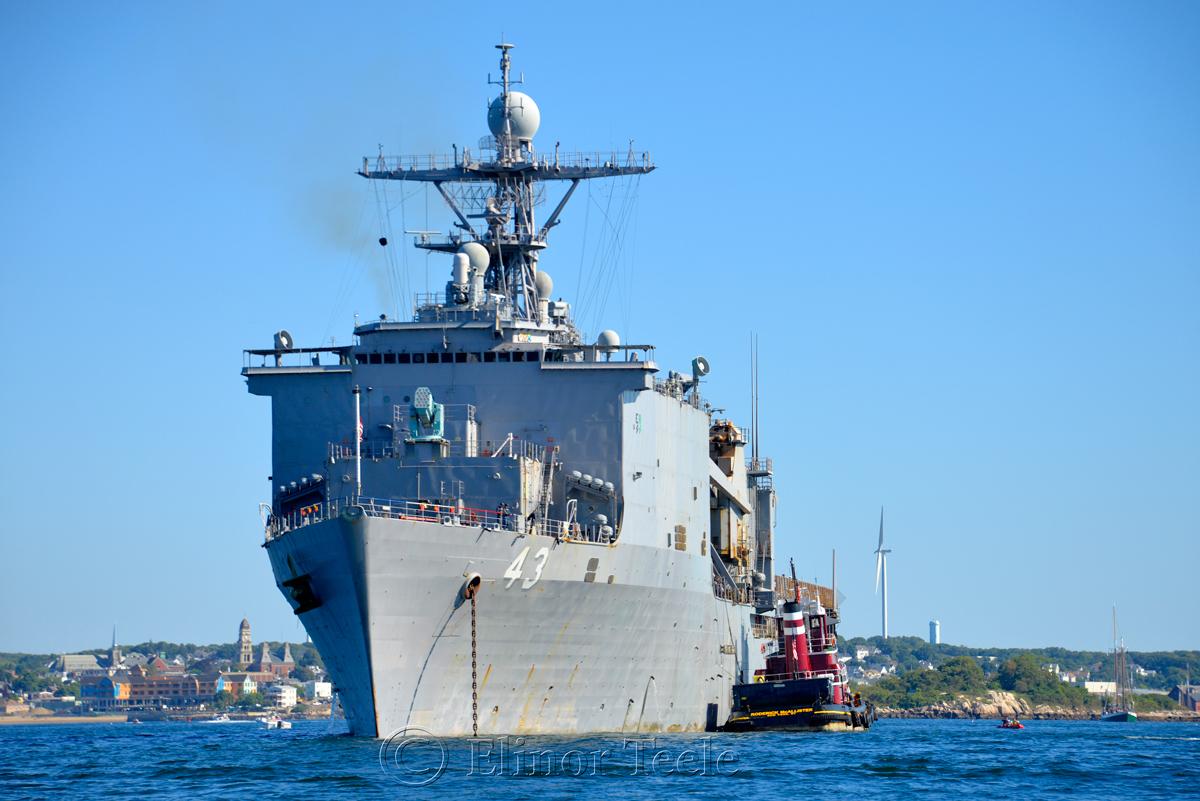 USS Fort McHenry, Gloucester Schooner Festival 3