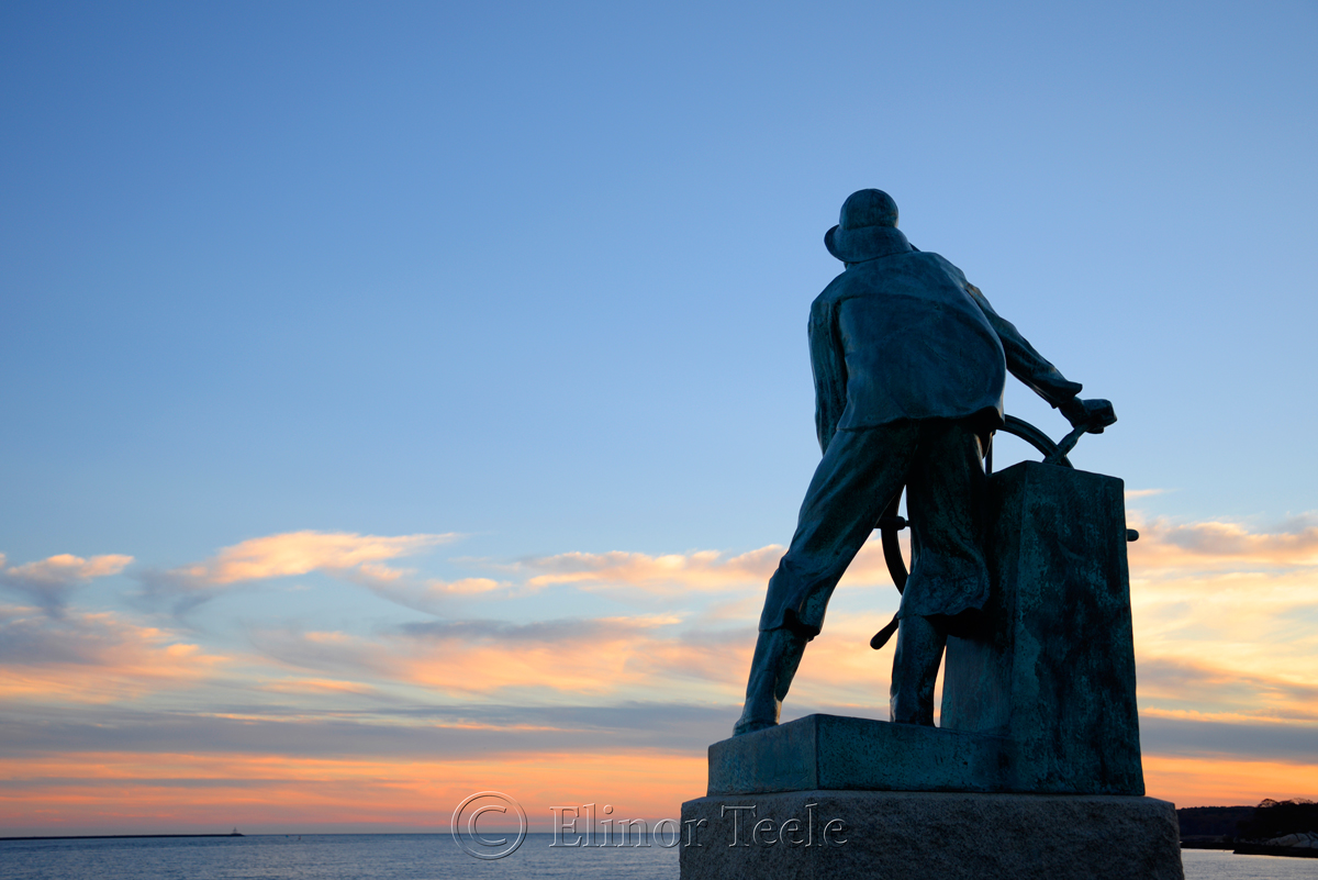 Fisherman's Memorial (Man at the Wheel) - November, Gloucester MA