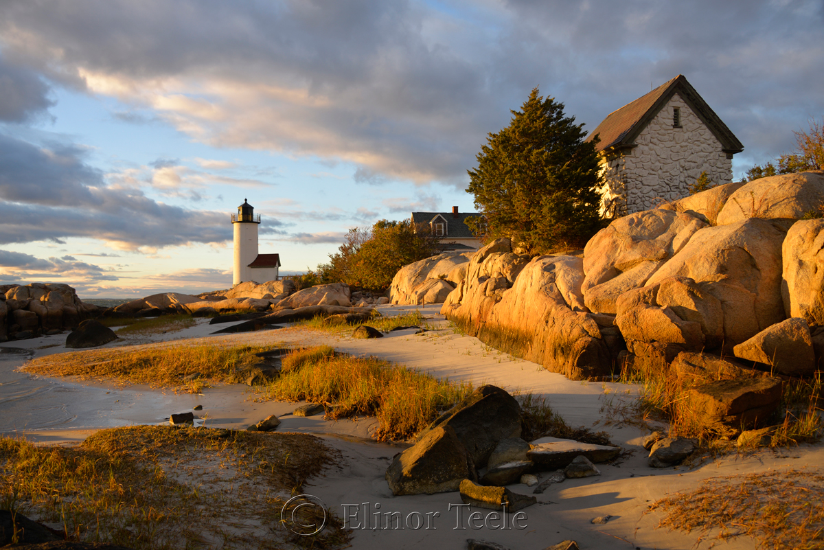 Lighthouse & Rocks in October 5