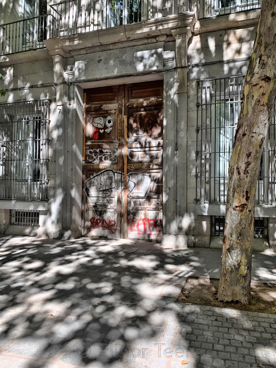 Door & Graffiti, Madrid